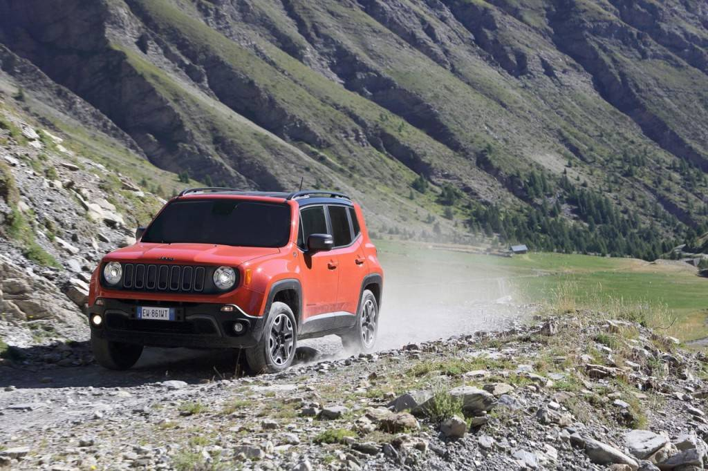 Jeep-Renegade-Euro-2015-46