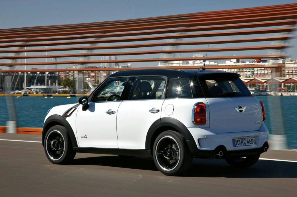 mini-countryman_03