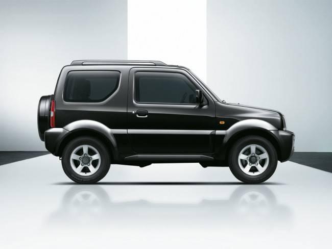 Дизайн Сузуки Джимни сложно назвать изысканным, но этот автомобиль любят за другое