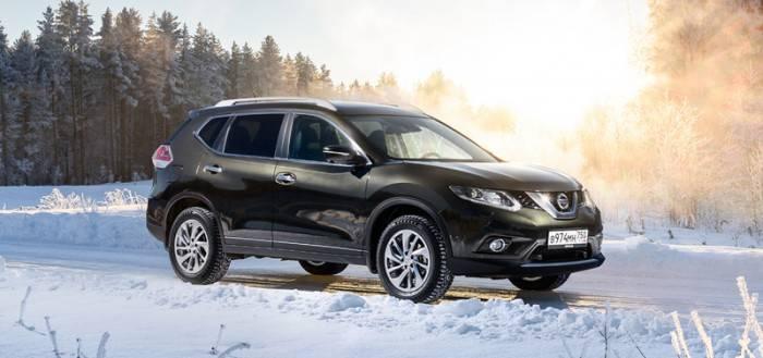 Nissan X-Trail  стоит 1 249 тыс. рублей