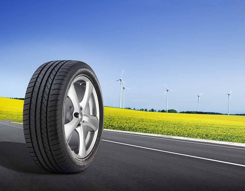 Stiri-Noutati-Renault-a-ales-EfficientGrip-pentru-sedanul-electric-Fluence-ZE-193-large