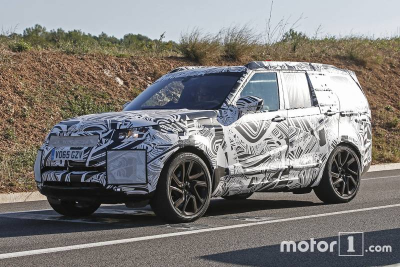 2017-land-rover-discovery-spy-photo3