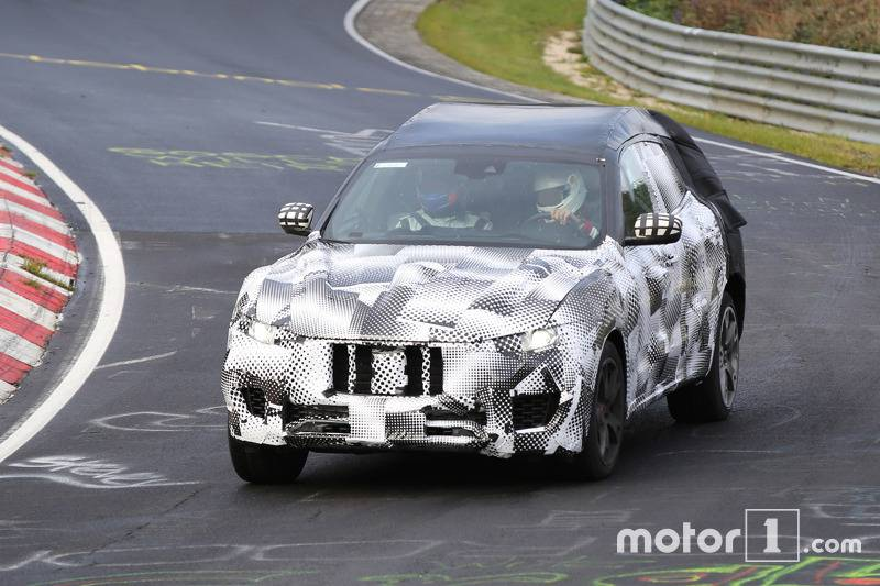 maserati-levante-spy-photo2