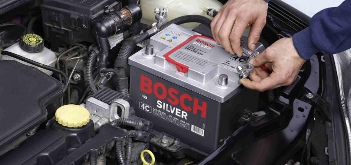 vyibrat-akkumulyator-dlya-avtomobilya