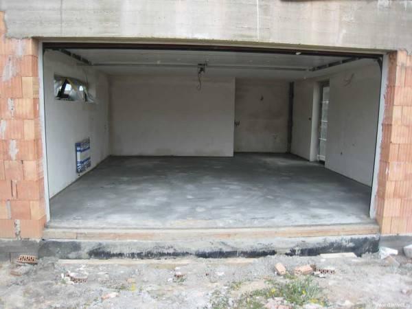 astringent garage