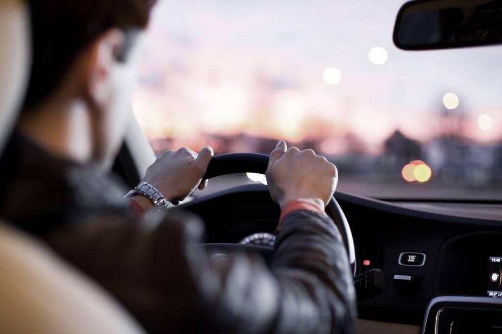 Оформить доверенность на управление автомобилем сегодня не составляет труда
