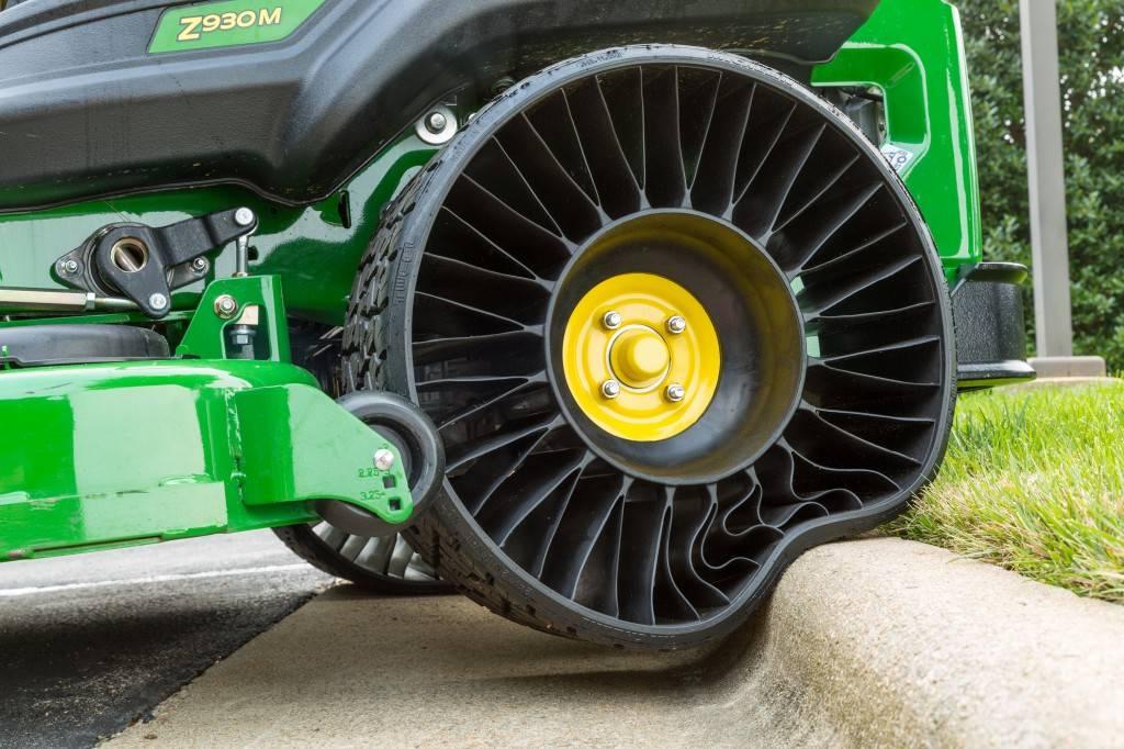 Безвоздушные шины Michelin - один из немногих прототипов, которые могут появиться в продаже
