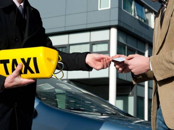 """Закон """"О такси"""" начал действовать только с прошлого года, но уже повлек за собой значительные изменения."""