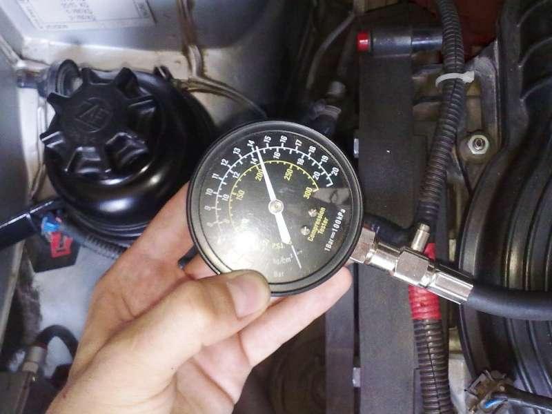 Работы, связанные с манипуляциями в отношении двигателя, весьма тонкие. Сопряжения деталей малы и точны, поэтому любое отклонение от нормы неизбежно приведет к тяжелым последствиям.