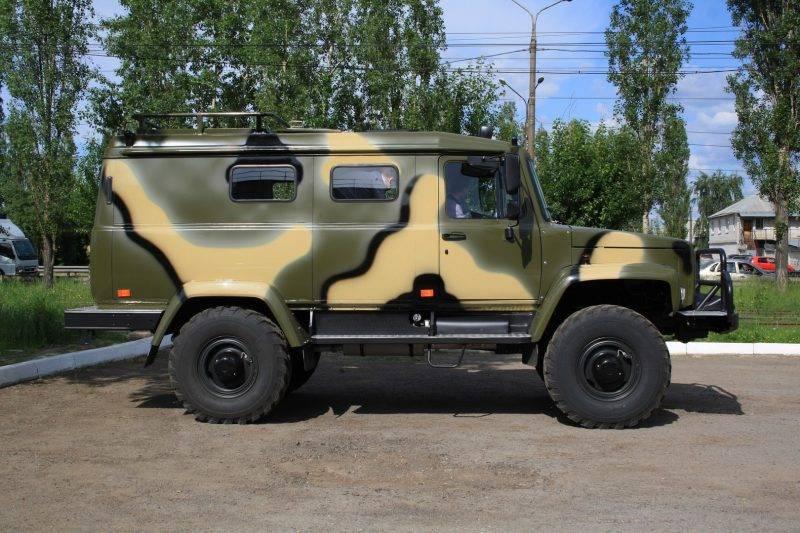 ГАЗ 330811 Вепрь – это гибрид внедорожника нового поколения и военного грузовика.