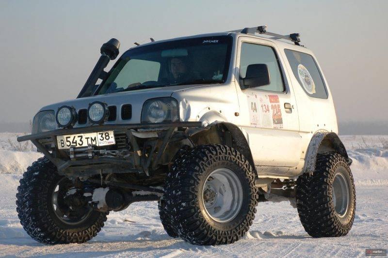 Технические характеристики Suzuki Jimny открывают большой простор для тюнинга и модернизации.