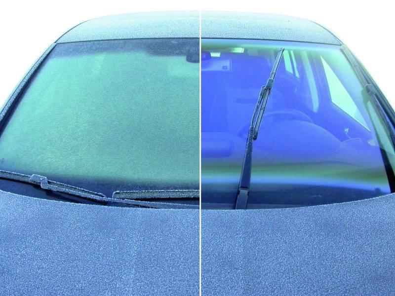 Причин замерзания стекол автомобиля может быть несколько, как и вариантов устранения этой неприятности.