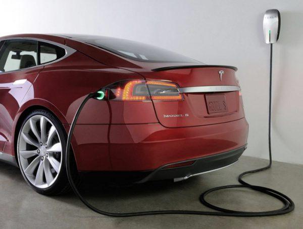 Пока электромобили кажутся диковинкой, но ситуация меняется с каждым годом.