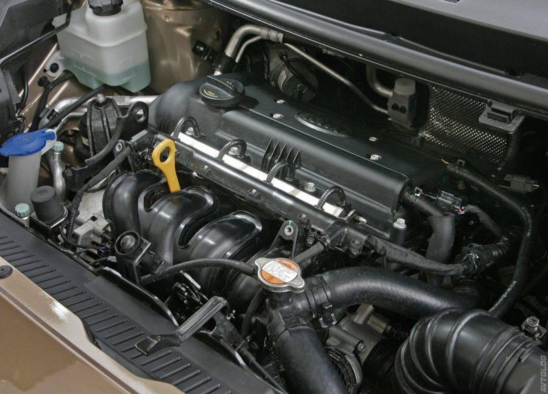 Пенсионеры или жители городов могут предпочесть другой вариант с бензиновым двигателем 1,6 литра и мощностью 124 л.с. с четырехступенчатой автоматической коробкой передач.