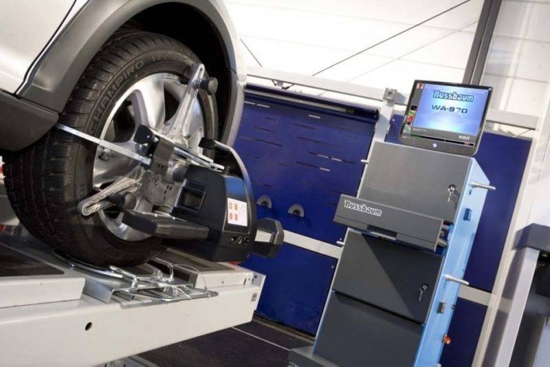 В современном мире наиболее развитые являются компьютерные стенды развал схождения колес.