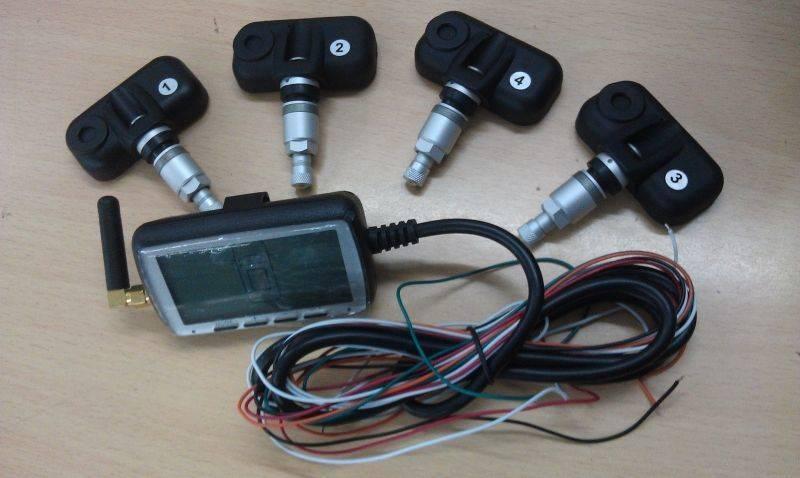 Датчики давления с монитором - одно из самых удобных решений.