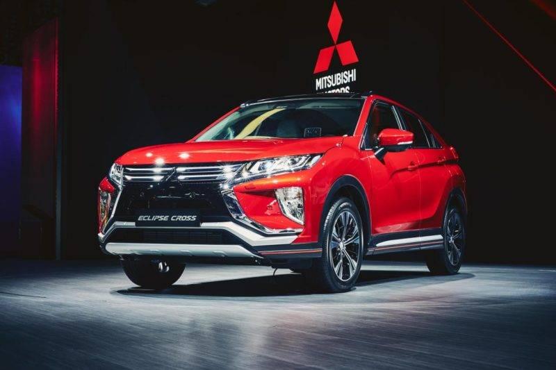 Внешне автомобиль очень напоминает другую модель этой марки «XR-PHEV II». У него тоже присутствует короткий задний свес, X-образная форма передней части с оптикой и бампером.
