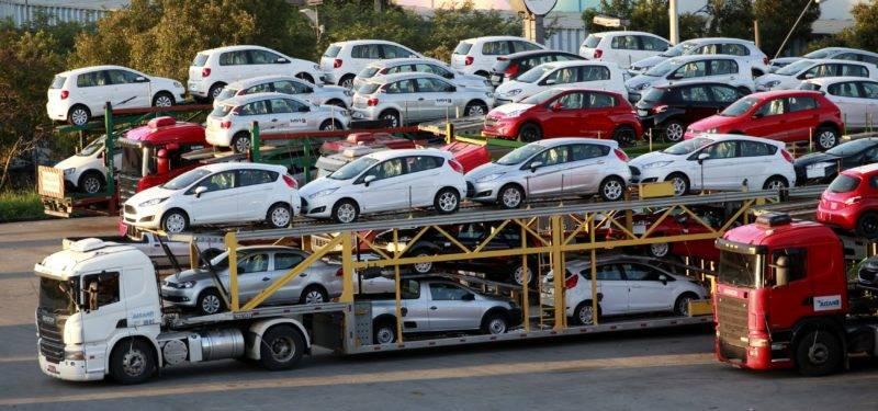 Все сложности при оформлении документов компенсируются за счет технического состояния машины, ведь за границей автомобиль ездил по хорошим дорогам, используя при этом качественный бензин.
