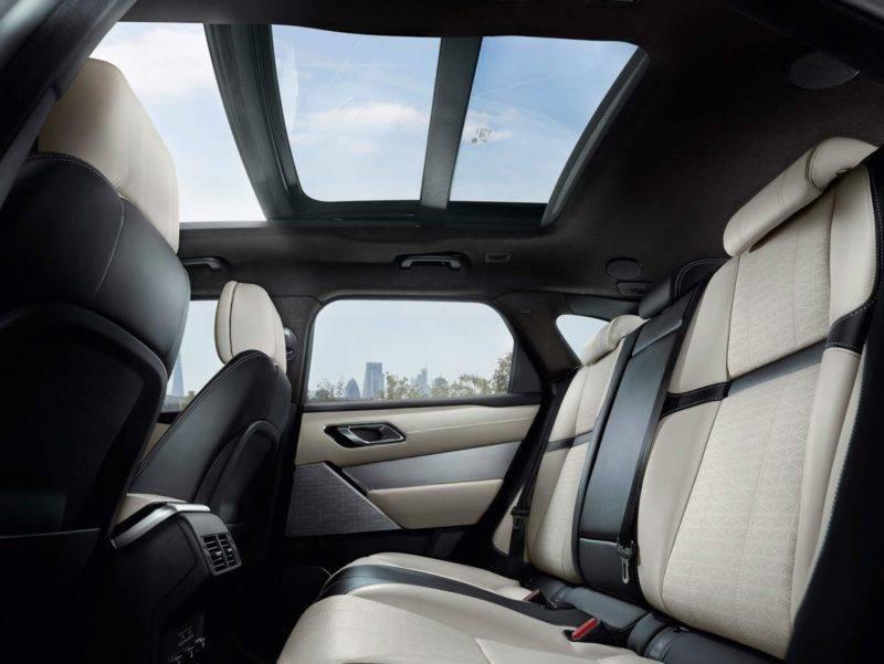 Дизайн внутренней части авто лаконичен, все элементы сделаны таким образом, чтобы доставить пассажирам и водителю максимальный комфорт.