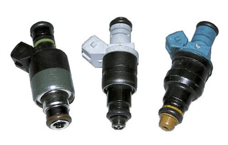 В зависимости от того, каким способом осуществляется впрыск топлива, различают 3 вида форсунок: электрогидравлическая, электромагнитного вида и электрическая с пьезоэлементом.