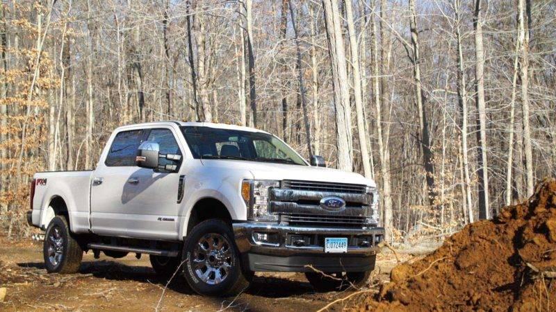 Новое поколение Форд подчеркнуло достоинства прошлых версий и, надо надеяться, избавилось от недостатков.