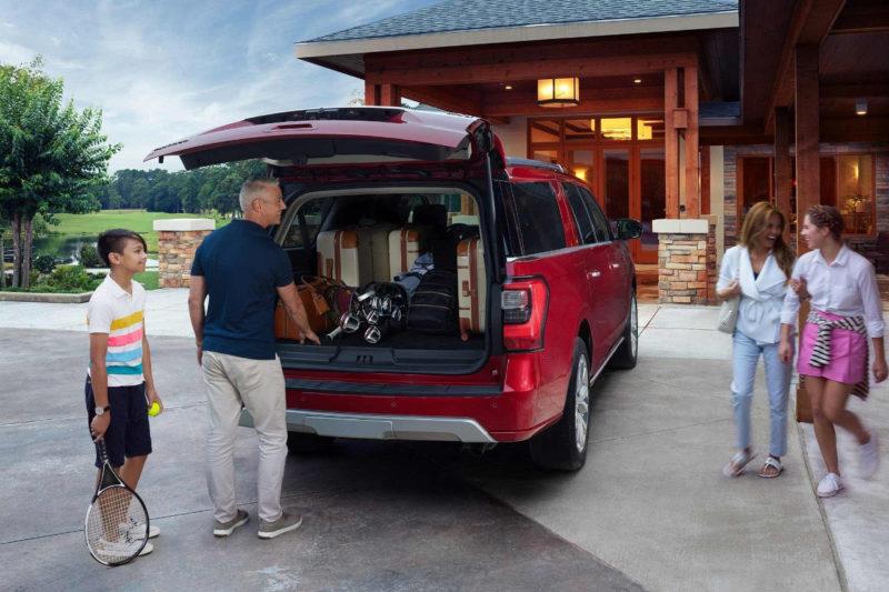 Багажное отделение обладает внушительными размерами, а при складывании последнего ряда пассажирских сидений оно увеличивается почти в два раза.