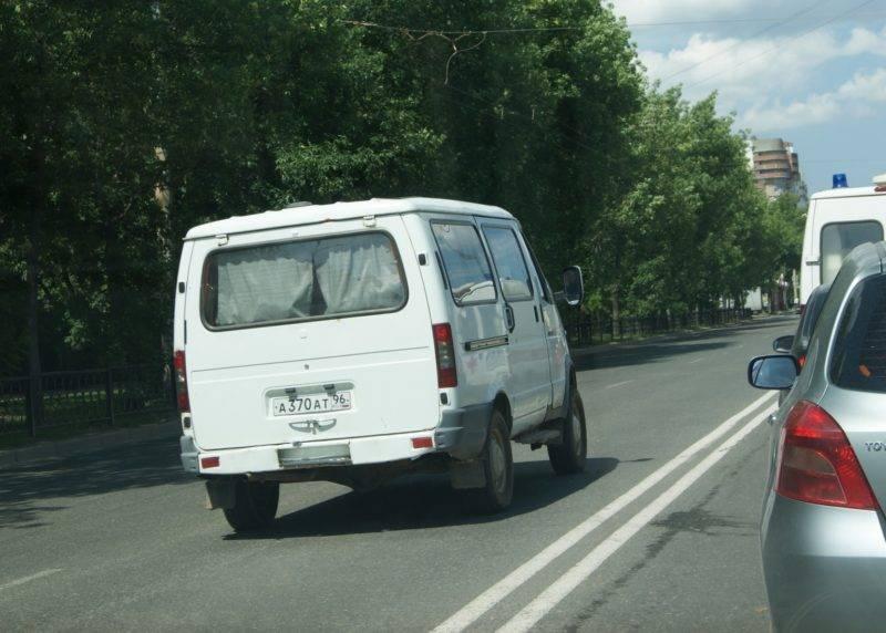 Лишить водительского удостоверения могут только в случае обгона другого транспортного средства при помощи выезда на встречную полосу движения посредством пересечения двойной сплошной.