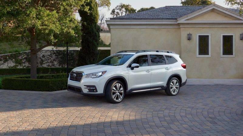 Subaru Ascent был официально представлен на Лос-Анджелесском автошоу.