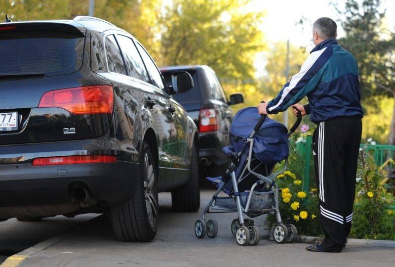 Разнообразие элементов дороги, примыкающих к проезжей части дорожного полотна,часто вызывает путаницу даже у законопослушного водителя, что может привести к случайному совершению правонарушения.