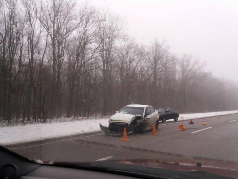 Заметное количество ДТП происходит по причине ненадлежащего качества дорожного покрытия.