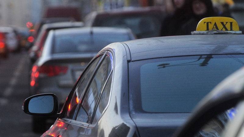 Законодательные требования к таксистам гораздо серьезнее, чем к обычным водителям.