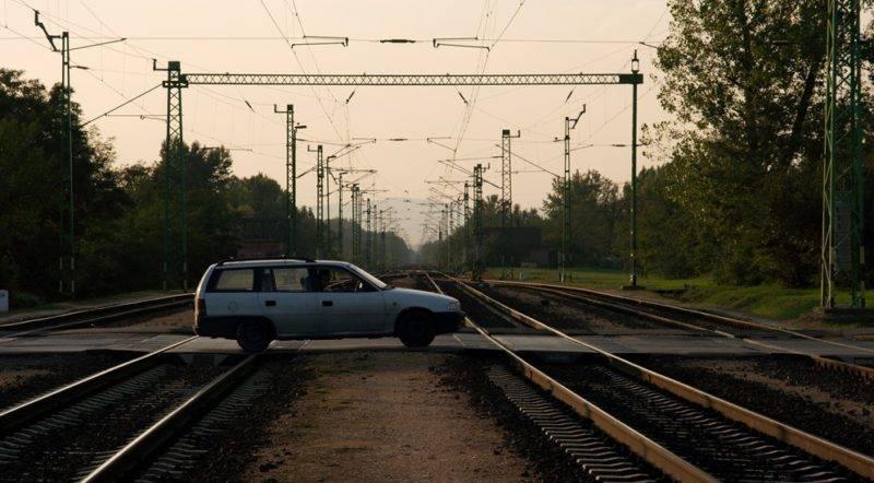 В тексте данного законопроекта отражаются изменения наказания за несоблюдение правил дорожного движения в общем и в частности при пересечении железнодорожных переездов.