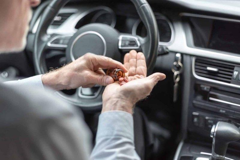 Если препарат уже употреблен, посмотрите в инструкции время действия и садитесь за руль, только когда кончится действие препарата.
