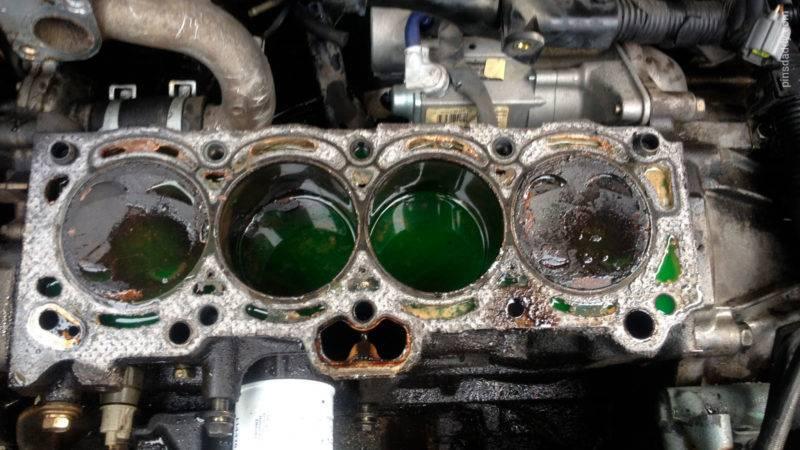 Самая распространенная причина выхода двигателя из строя и влечёт за собой самые серьёзные последствия.