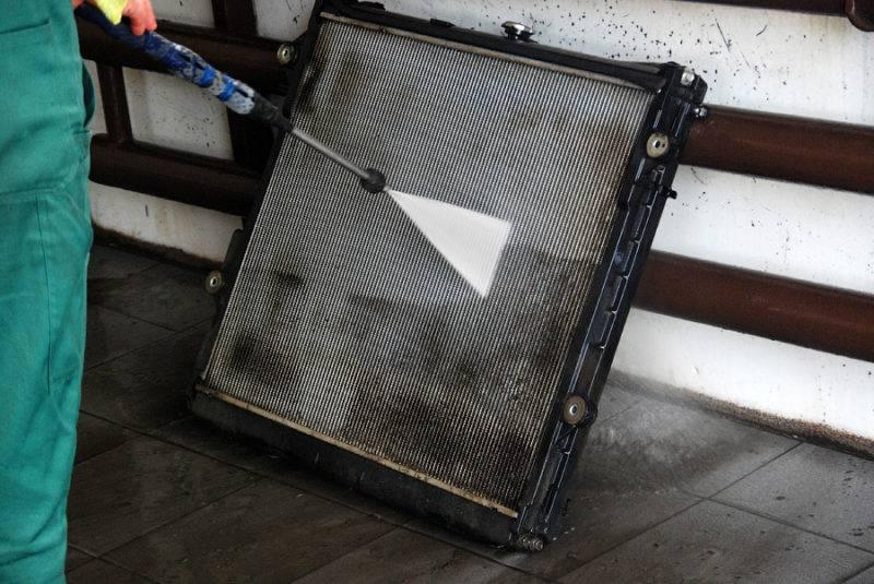 Необходимо знать, для выполнения каких функций в автомобиле нужен радиатор.