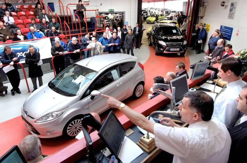 Каждое из выставленных на продажу на торгах авто подлежит экспертной оценке. К листу также прикладываются фотографии автомобиля.