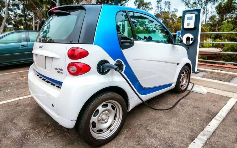 Изначально высокая цена электромобилей отпугивает многих любителей экономии.