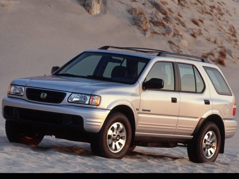 Внедорожник Honda Passport выпускался с уже далеких девяностых до 2002-го и был очень сильно похож на Rodeo от Isuzu.