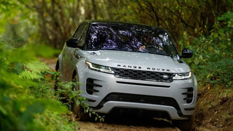 Land Rover Range Rover Evoque 2020 года.