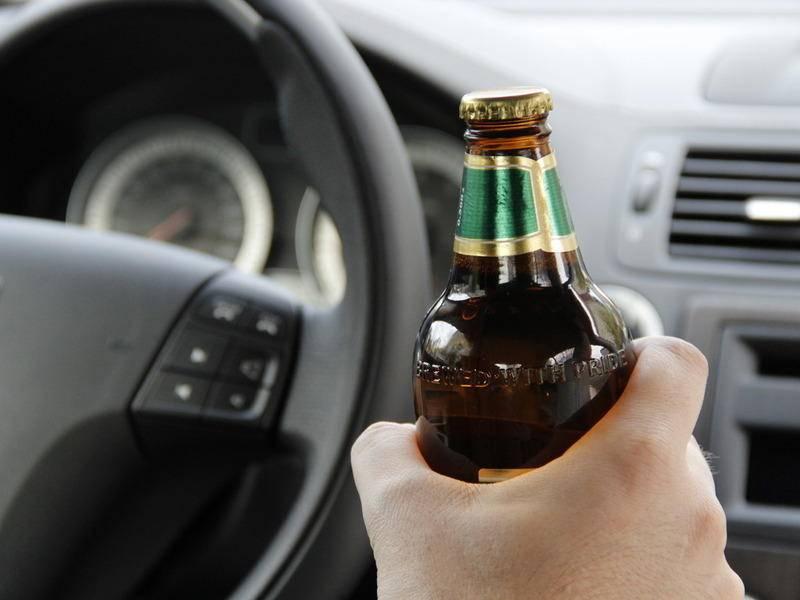 Управлять автомобилем в состоянии опьянения нельзя не при каких обстоятельствах, помните об этом.