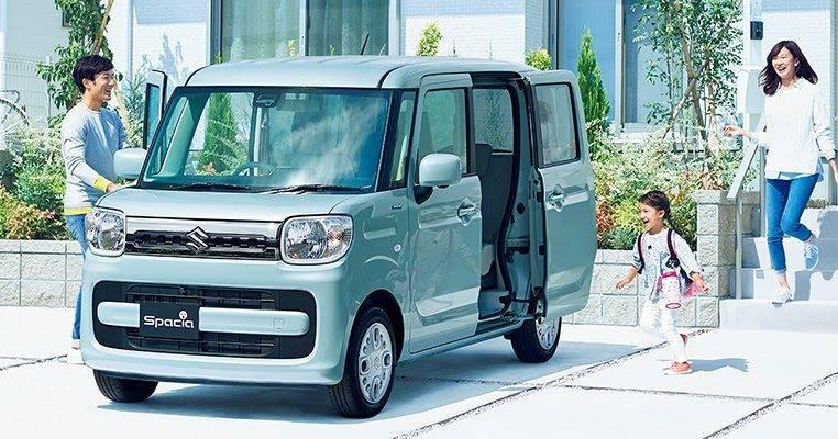 Как и многие другие авто производителя, Suzuki Spacia сразу же запоминается.