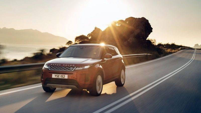 Новое поколение Range Rover Evoque вызывает интерес уже потому лишь, что слишком многое в кроссовере должно было измениться.