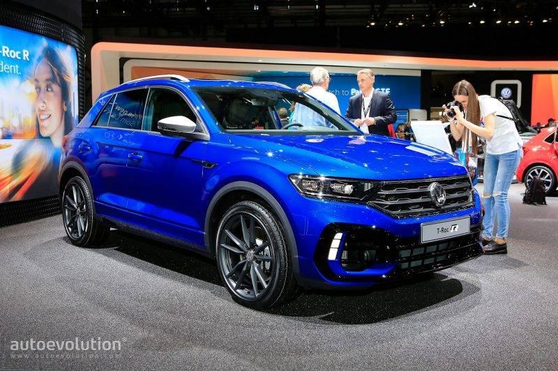 Volkswagen T-Roc R - это своеобразный ответ на вопрос о том, что будет, если сделать Golf R чуточку выше.