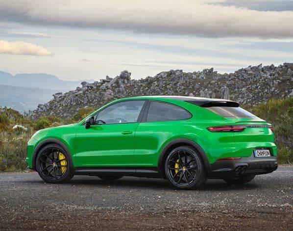 Porsche Cayenne Coupe в цвете Viper Green.