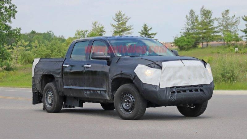 Ранее было предположение, что Toyota могла бы использовать гибридную версию 3.5-литрового Twin-Turbo V6, который дебютировал в Lexus LS500.